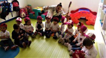 Clase-Ingles-Taller de los Artistas - Jardín Infantil Bogotá